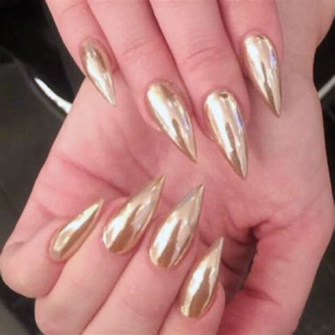 Khloe Kardashian Gold Nails | Steal Her Style