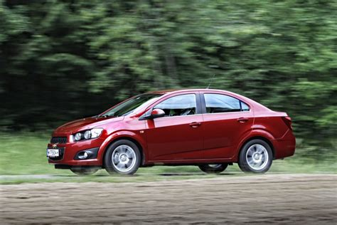 Chevrolet Photo by 2018 Chevrolet Aveo Sedan Car Photos Catalog 2019