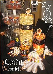 Buffet Halloween : 17 best ideas about halloween candy buffet on pinterest ~ Dode.kayakingforconservation.com Idées de Décoration