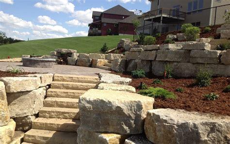 boulder wall boulder walls archives rocksolidlandscape com rochester mn