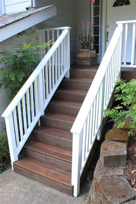 Paint Deck Railing White