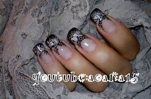 Black and gray nail art halloween design