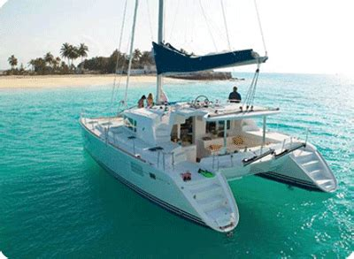 Catamaran Gif by Cyclades Location 224 La Cabine
