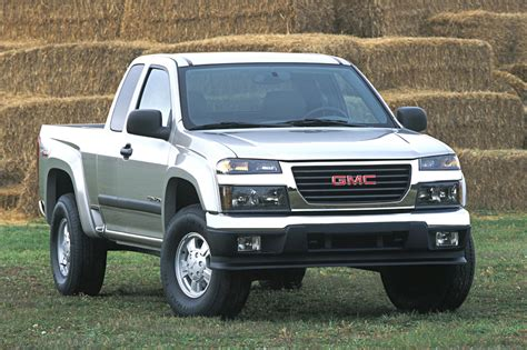 books about how cars work 2004 gmc canyon user handbook 2004 12 gmc canyon consumer guide auto