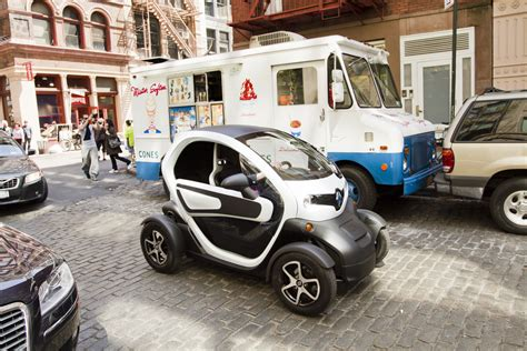 Car Usa News : Renault To Return To N America With Twizy Low-speed