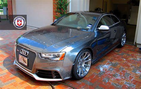 audi rs  hre wheels takes  shower autoevolution