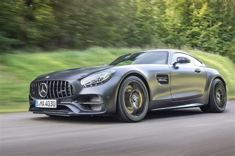 Dfsk 560 Wallpapers by New Mercedes Amg Gt C 2017 Review Auto Express