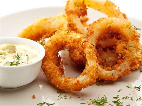 cuisine calamar calamars frits recette de calamars frits marmiton