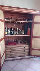 barra o cantina de madera solida y comoda tipo vintage