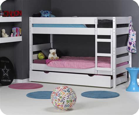 chambre lit jumeau lit jumeau chambre à coucher