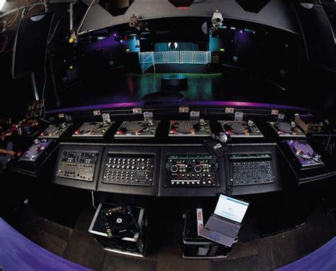 dj booth       dj studio
