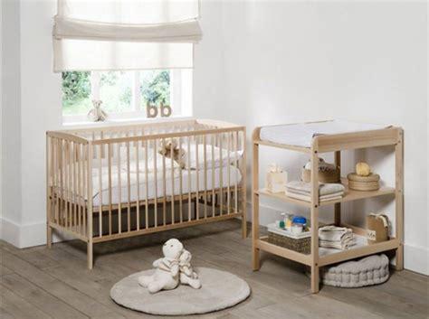 chambre bébé bois deco chambre bebe en bois visuel 5