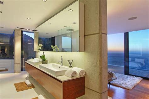 breathtaking villa incorporating boulders   design