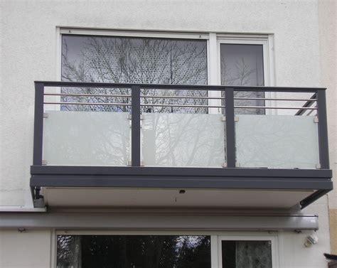 Balkonverkleidungen Aus Glas by Balkonverkleidung Aus Bruchfestem Polycarbonat In Uv Und