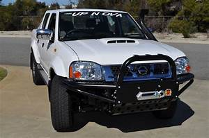 Xrox Bull Bar Navara D22 07  2001 On