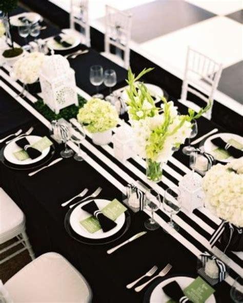 black white table centerpieces 26 elegant black and white thanksgiving d 233 cor ideas digsdigs