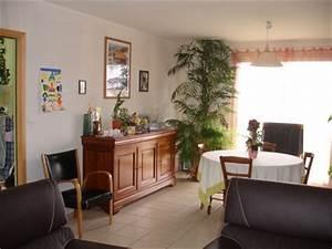 Deco salle a manger avec meubles anciens for Deco cuisine pour meuble en merisier