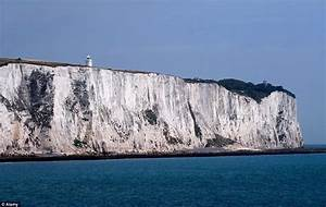 White Cliffs of Dover: Thousands of tons of chalk crash ...