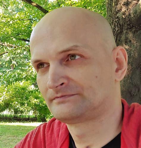 Dzejnieks Reinis Runcis lūdz palīdzību - Tauta Runā