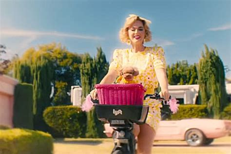 Katy Perry's Dog Nugget Stars in Music Video for Her New ...