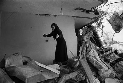 Mccullin Don London Woman 1982 Beirut Ruins