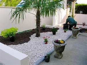 Cailloux Pour Cour : le jardin paysager tendance moderne de jardinage ~ Premium-room.com Idées de Décoration
