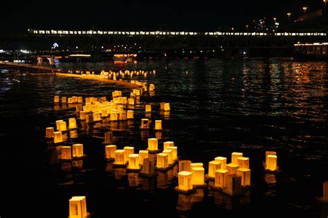 history  toro nagashi japans glowing lantern festival