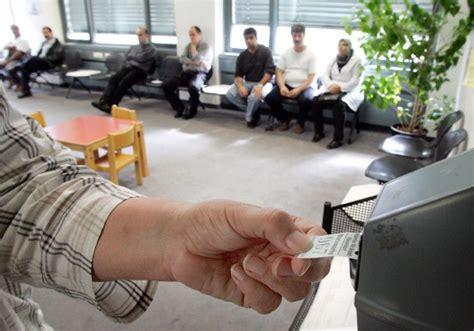Bilderstrecke Freiwillige Arbeitslosenversicherung