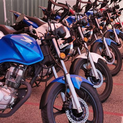 Lams motorcycles in bike showroom • lams bike reviews • motorcycle advice articles. How to get your motorcycle licence in QLD - step by step - Streetwise Bikes
