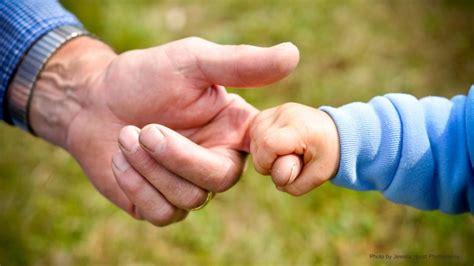 IZMISUMS: Vectēvs, kurš audzina mazdēlu lūdz palīdzību ...