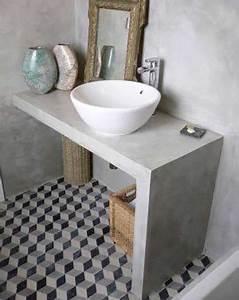 les carreaux de ciment subliment la deco de la salle de bain With carreaux de ciment sdb