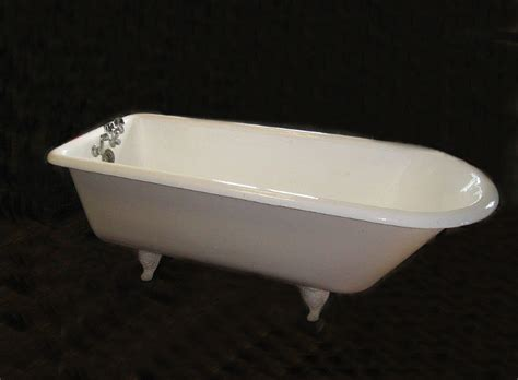 Porcelain Tubs For Sale by 7742 Vintage Peck Bros New Ct Porcelain Bathtub