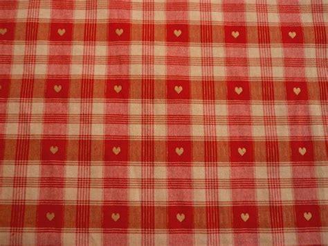 cervib tissu alsacien ameublement madras petit coeur rouge