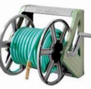 ames true temper  hose king wall mount hose