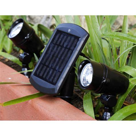 eclairage exterieur solaire avec interrupteur lot de 2 spots solaire chili 48 lm noir inspire leroy merlin