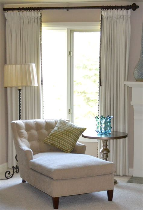 Bedroom Chairs Ideas by Master Bedroom Chaise In Front Of Bay Window Bedroom And