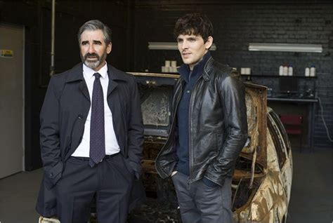 photo de colin morgan ii dans la serie  fall photo