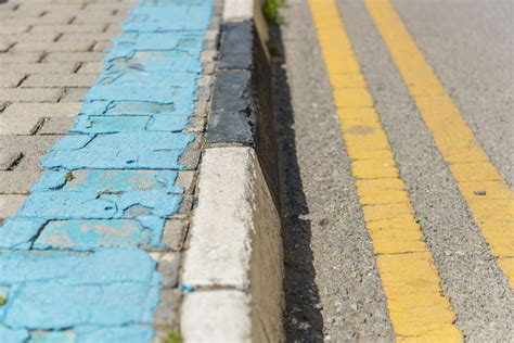 The Guide To Colored Curb Laws In All States