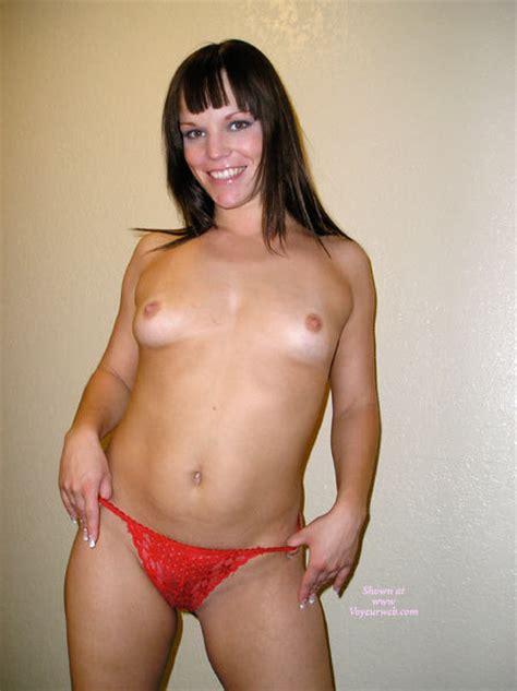 Topless Girl Smiling January 2007 Voyeur Web Hall Of Fame