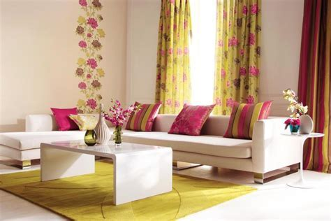 Living Room Curtain Design Inspiration: Window Treatment