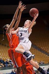St. Mary's women's basketball Archives - The Daily Universe