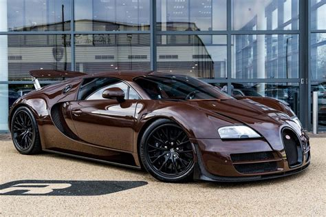 A speed demon with a cracker of an engine. Used Bugatti Veyron for sale in Knaresborough | Pistonheads