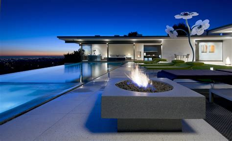 Breathtaking Modern House Showcasing Perfection Hopen