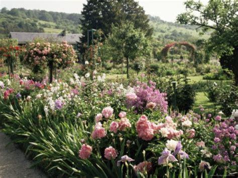 flowers  monet grew  giverny home garden companion