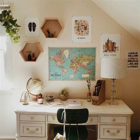 image de room desk  map room inspiration room