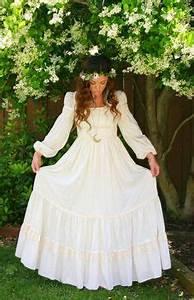 Dolce Vita Puff : vintage white cotton empire waist maxi dress hippie bohemian hippy long wedding dress puff ~ Frokenaadalensverden.com Haus und Dekorationen