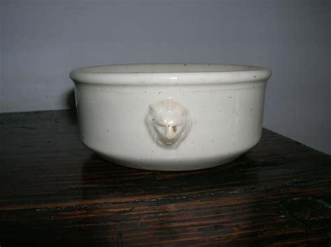 petit pot ou ramequin blanc luneville 20 euros plus f de