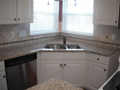 kitchen tiles pictures 19 best images about tile bs granite countertop on 3351
