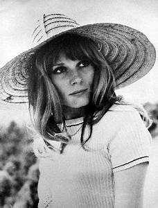 Accident Francoise Dorleac : francoise dorleac sister of catherine deneuve shortly before her tragic death in a car accident ~ Medecine-chirurgie-esthetiques.com Avis de Voitures