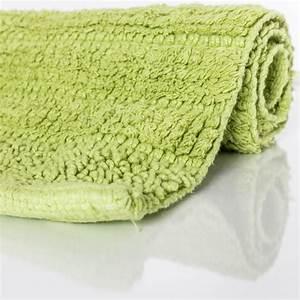 Badteppich Set Grün : badematte badteppich badezimmerteppich aus baumwolle einfarbig in gr n kaufen bei diva teppich ~ Markanthonyermac.com Haus und Dekorationen